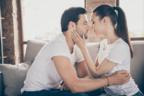 もっと好きになる…♡男がムラっときちゃう「彼女からのキス」とは