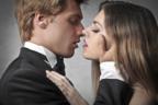 その表情かわいすぎ…♡男をメロメロにする「キス顔」4つ