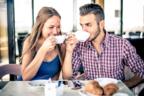 惚れる…♡男性が「デートに誘いたい」と思う女性の共通点4つ