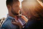 早く気付いてほしい…女性が「キスしたい時」にする言動4つ