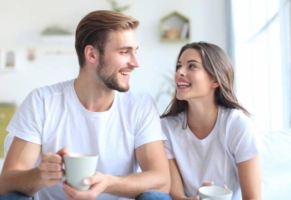 一緒にいると落ち着く♡彼が魅力を感じる「癒され彼女」の特徴4選