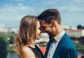 雰囲気作りが大切!女性がウットリする「甘いキス」の仕方
