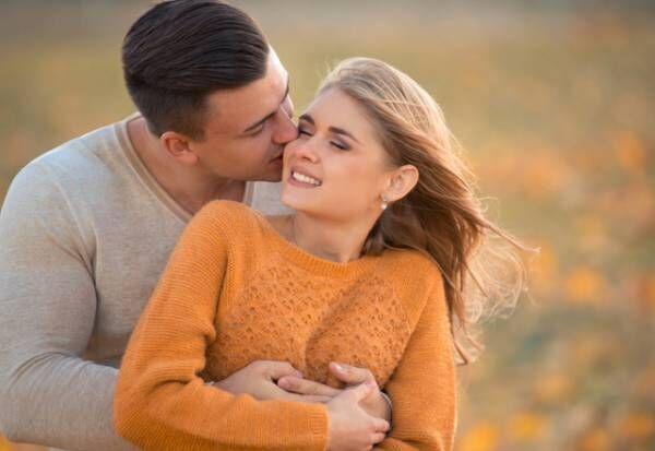 早く会いたいな…男が不意に「彼女を恋しい」と思う瞬間って?