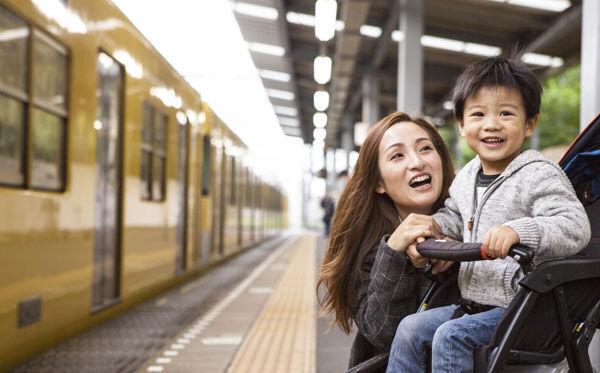 """混雑状況から車内温度までわかる! 子どもとのお出かけが楽になる""""電車乗り換えアプリ"""""""