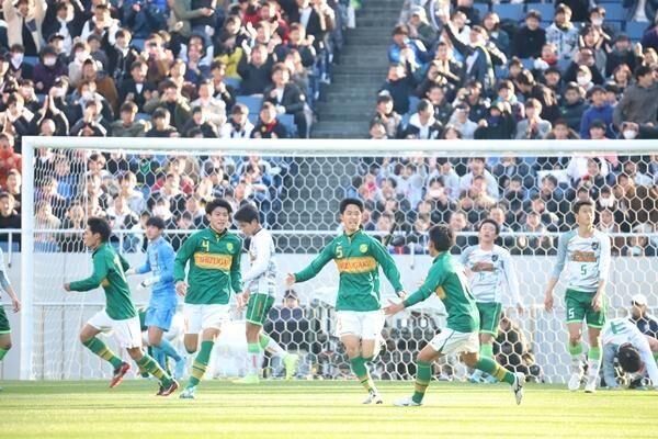 サッカーで頭を切り替えるのに必要なスキルとは。選手権優勝の静岡学園に学ぶ必要な情報を選び取る力
