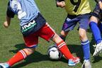小学生にヘディング練習は必要か、英国のヘディング制限で考えたい子どもの安全な競技環境