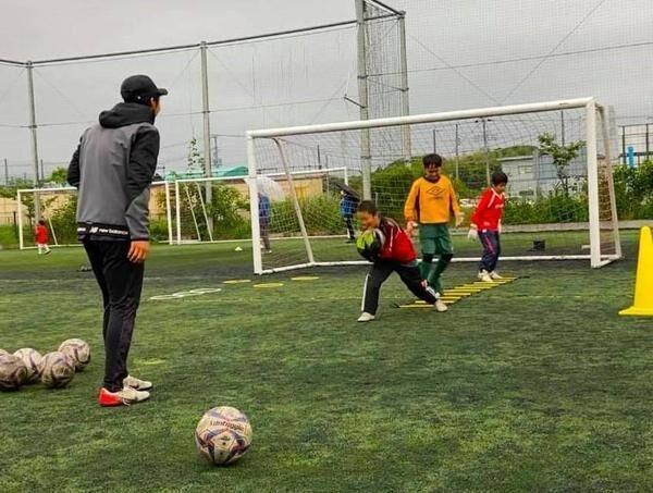 基礎から実戦で役に立つトレーニングまで学べる FC市川GUNNERS短期集中サマーキャンプを開催