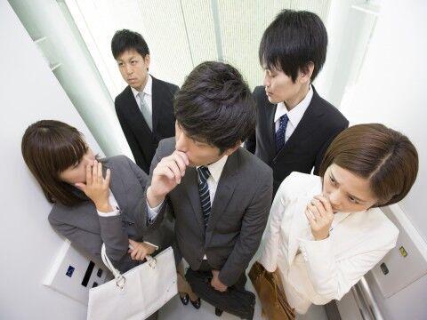 女性の頭皮の臭いの原因と対策・改善方法