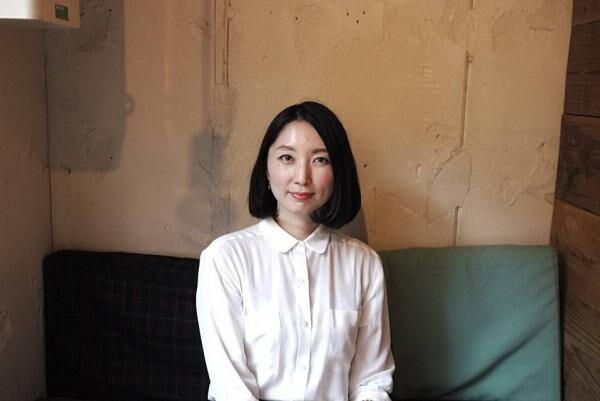 作家・山内マリコさんインタビュー地元を出て親友と出会えた経験が恋愛よりも自分を救ってくれた