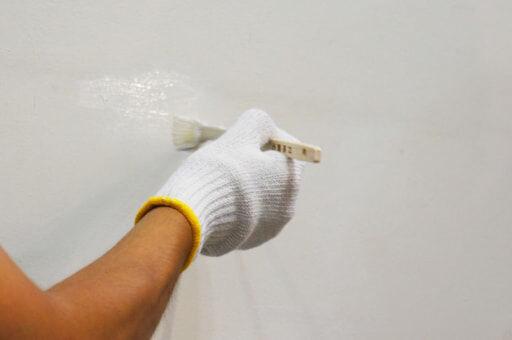 壁補修やDIYに使える!ペンキ塗りのテクニック4選