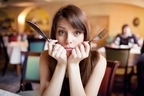 外食女子は老後破産?30代で自炊習慣がないと危険な3つの理由