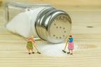 3人に1人は塩を「2種類」常備!大ブーム中の塩の意外な使用法