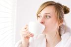 実はコーヒー2杯目以上は逆効果に!カフェイン摂取のウソホント