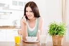 実は「朝食抜くと余計なカロリーを摂取してしまう説」は嘘だった