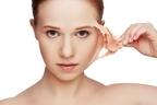 死ぬまでに剥がれる皮膚は22kg!人体に関する12の衝撃事実