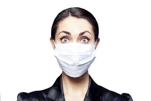 実は99%花粉をカットしてくれない!プリーツ型マスクの落とし穴