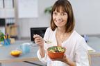 平均時間はなんと28分!昼休みが短いと「健康に悪影響」と判明