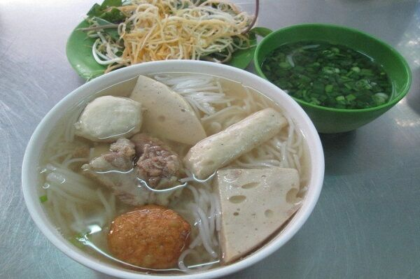 魅惑のベトナム麺の世界!フォー以外にも知っておきたい8品をおすすめ店と合わせてご紹介