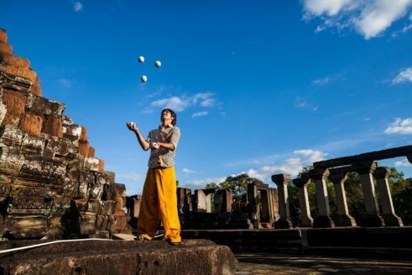 カンボジアの人気サーカス団「ファー」が新天地へ移転