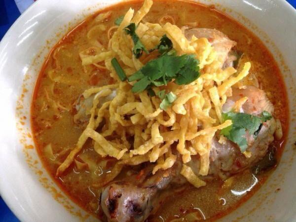 バンコクでカオソーイを食べるならここ!「カオソーイ・チェンマイ」
