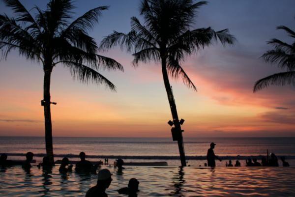 バリ島のトレンドエリアで選びたい プール付きブティック ヴィラ!