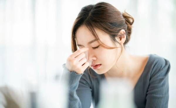 40代で突然起こった片頭痛…意外だった原因と私の対策とは【体験談】