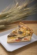 オーガニックカフェの限定メニュー!小麦胚芽の「ラ・ラタトゥイユ」キッシュ