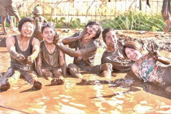 有機野菜畑で泥まみれ!自然を感じる泥フェス「Mud Land Fest 2019」