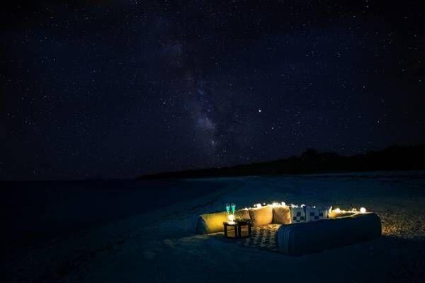 星のや竹富島「星降る夜のてぃんがーらピクニック」を期間限定で実施