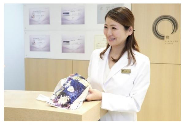 美容外科医が開発した「インナーウェア」が新柄を発売