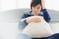 「寝ても疲れがとれない…」睡眠の質を下げるNG行動と対処法