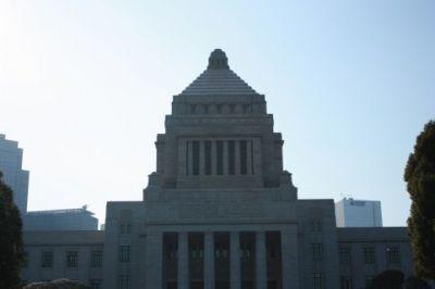 地方議員年金保険廃止法案、来年の国会提出へ