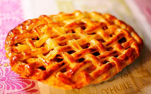 りんごを煮ずに作る簡単、美味しい、アップルパイ