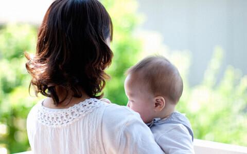 「断乳」「卒乳」を成功させるためのやり方! ベストなタイミングと方法