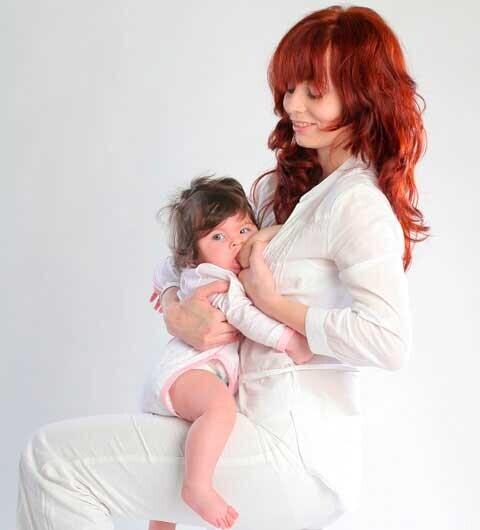 出産後すぐの母乳育児(2) ママと赤ちゃんのための正しい授乳方法