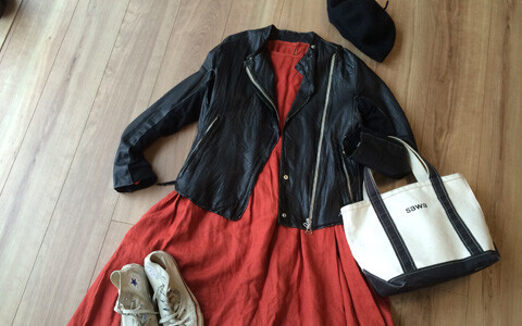 おしゃれなファッションは、カラーアイテムを味方に! 一歩先ゆく秋カラーコーデ術