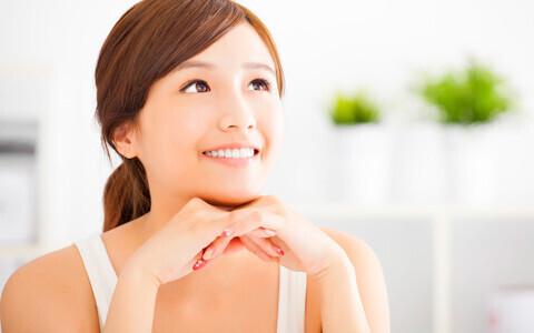 目元の乾燥は老化につながる? 見た目年齢を左右する目元の美容ケア