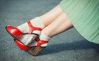 ママファッション:春スタイルにアクセントを。タイツからソックスへ履き替えよう