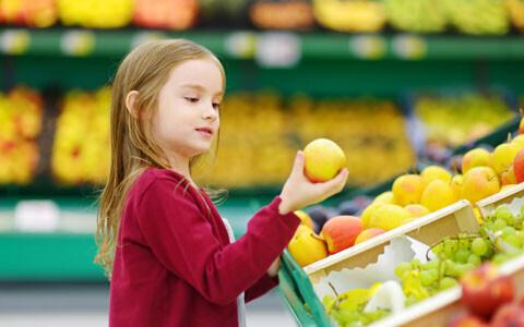 子どもの味覚を育てるために! 親が気を付ける食材選び