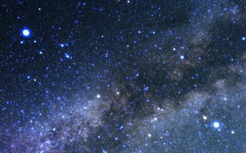 子供の「あの星なに?」にも答えられる! 星空を親子で楽しむ夜空解析アプリ