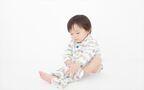 1歳からスタートできる! 子どもが洋服を自分で着れるようにする方法