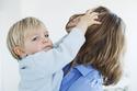 出産したら抜け毛が増える? 産後のパサつき改善におすすめのシャンプー