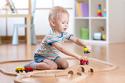 自由な発想を育てる、3歳の誕生日プレゼントに贈りたいおもちゃ5選