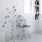 スペースを取らずにコンパクトに飾れる! おしゃれでシンプルなクリスマスツリー