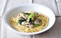 お味噌汁や煮物にすぐ使える! 「冷凍小松菜」活用テク