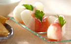 みずみずしい甘さと塩気の相性が抜群! 梨と生ハムの前菜