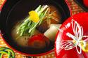 お正月に欠かせない ハレの日にぴったりな「おすましのお雑煮」
