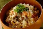 2日目のスープがおいしい! おでんで作る炊き込みご飯