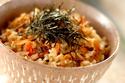 豊かな香りと素材の旨みが広がる!「鍋で炊く乾物の旨み炊き込みご飯」