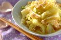 10分で作れる! 優しい味わいの「春キャベツの煮物」